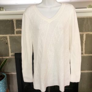 DRESS BARN   Cable Knit Tunic Sweater White